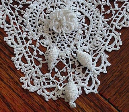 Сердце Античные Постельное белье -Antique Ирландское вязание кружевной воротник Эма