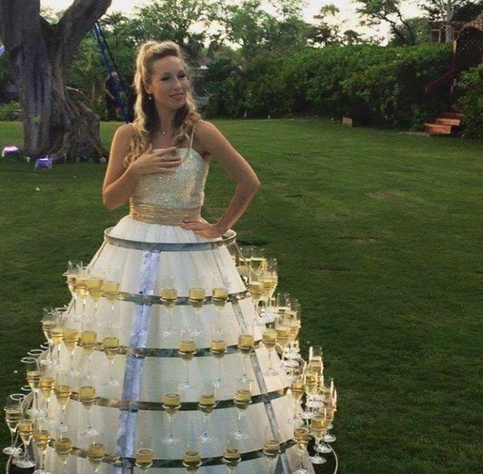 Funny Old Woman Wedding Gowns: [Pics] These Wedding Dresses Made Guests Truly