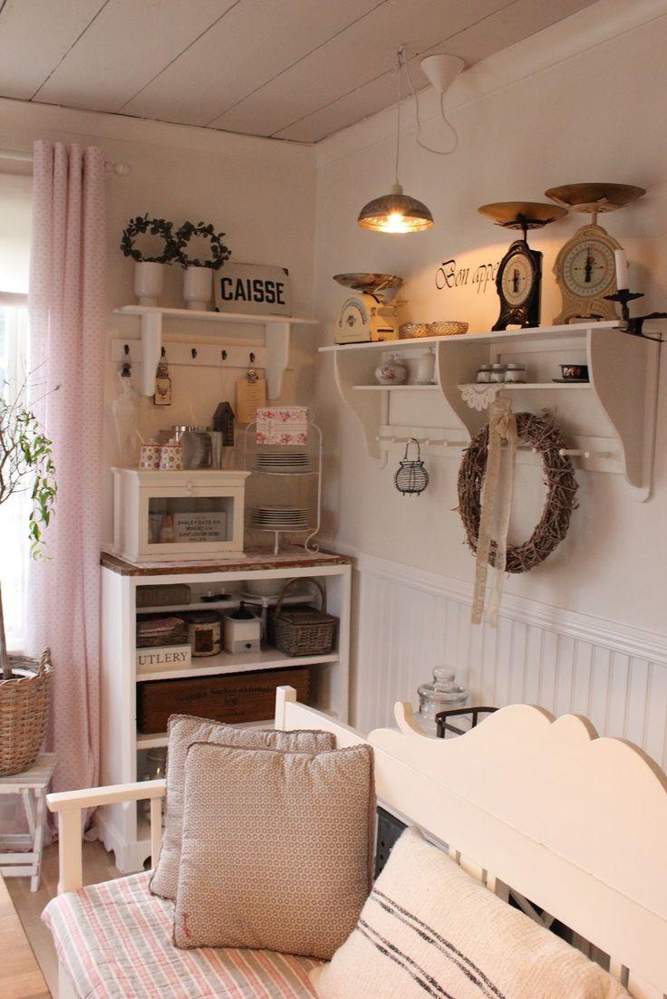 """Buon pomeriggio…  Siete pronti per entrare nella fantastica """"fattoria"""" di Frida, in Svezia? ed ad ammirare la sua spettacolare cucina? S..."""