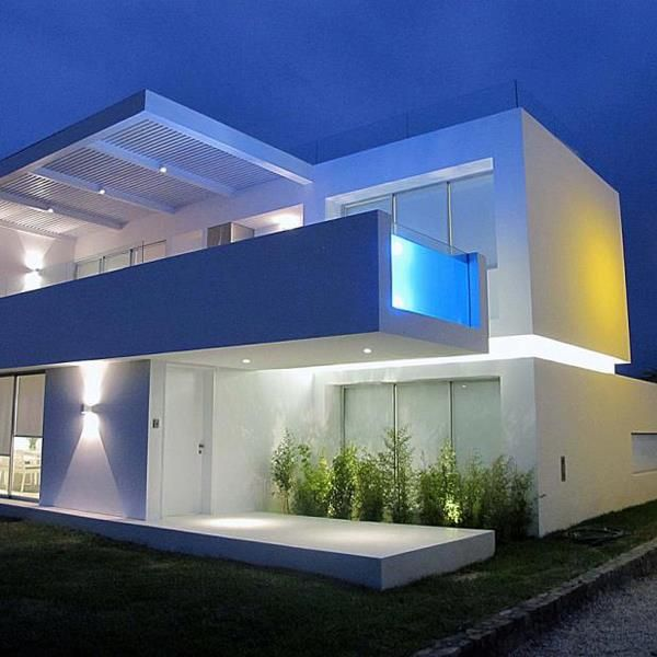 "Creatively Cool Dual Cantilevered House In Peru: 1000+ Images About #Luxury #homes ""�1 #Modern #Exterior #House #MANSION #Design #pool"
