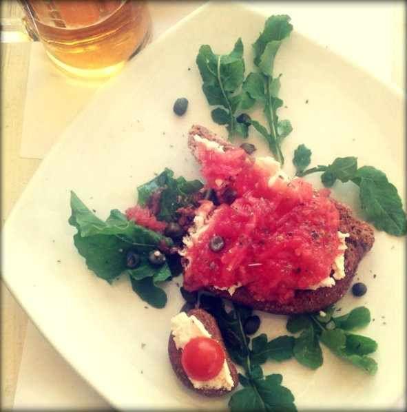 Top 5 Local Specialties to Taste in Mykonos