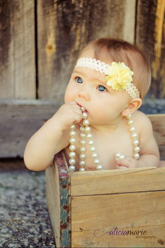 Six month photos, baby photography, Alicia Marie Photography, Michigan Photographer.