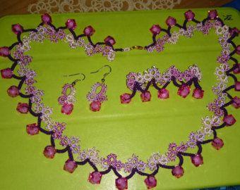 Artículos similares a Yulia boda nupcial Tatted collar pulsera fibra joyas con cuentas establecidas por DASH Art Studio en Etsy