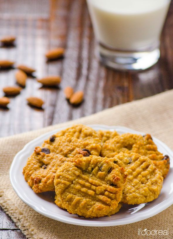 far-chewy-almond-protein-cookies-recipe