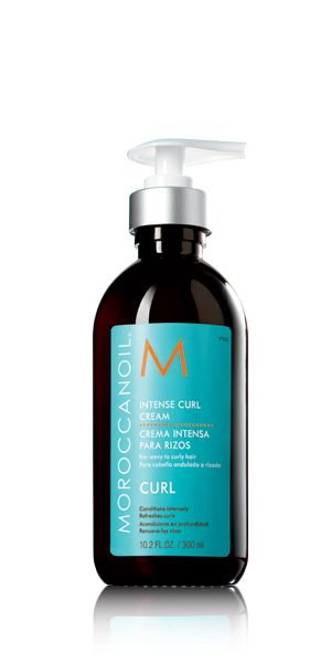 Morrocanoil Intense Curl Cream - This makes fine curls dropping, if you want curls. But if you are using a blow dryer and a round brush, this product works better than straightening product! And your style stays for days.