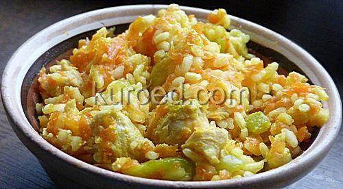 Рис с курицей, морковью и кабачками