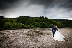 Getting maried at Dunkeld Hilton Photo Angus Forbes