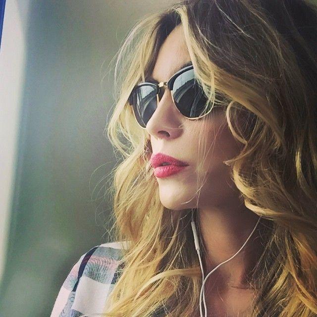 #ElenoireCasalegno Elenoire Casalegno: In viaggio verso Roma. #Elenoire #Casalegno #viaggio #roma #work #music #travel