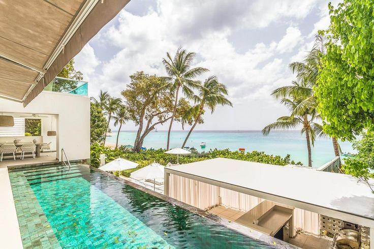 Villa Footprints Barbados is een adembenemende eigentijdse 5 slaapkamer vakantievilla gelegen direct aan het strand aan de westkust van Barbados. Deze vakantievilla is ontworpen om te profiteren van de spectaculaire uitzicht op de oceaan. De villa heeft vier niveaus en beschikt over vijf prachtige en-suite slaapkamers, diverse balkons en ramen van vloer tot plafond. Gasten…