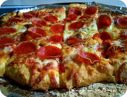 Bisquick Pizza!!! Looks Delicious!
