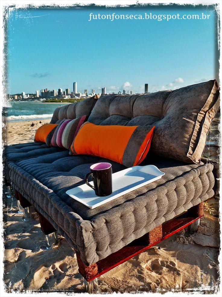 Trabalhos artesanais: futons, pallets, almofadas. Tudo sob encomenda. Orçamento para todo Brasil. Whatzapp (84) 99700852 (84) 88892003 Email:futonfonseca@live.com