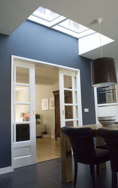 Ensuite doors and blue walls