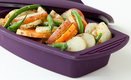 Epicure's Silicone Steamer 8 Minute Herb & Garlic Potatoes and Green Beans