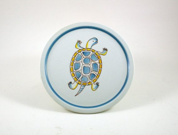 "Anja Juurikkala for Arabia of Finland ""Animal Kingdom"" Turtle Wall Plate"