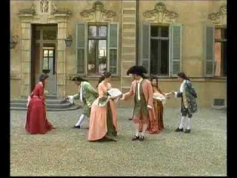 090524 Nobiltà Sabauda 1730 -  Danza Minuetto - Castello Cavour di Santena