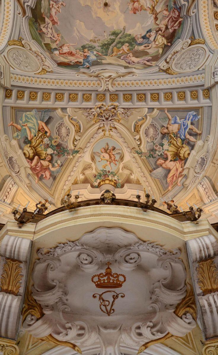 Soffitto della sala da ballo della Palazzina di Caccia di Stupinigi.