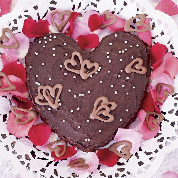 Sprid kärleken! Chokladkakan är ganska mäktig och räcker till många.