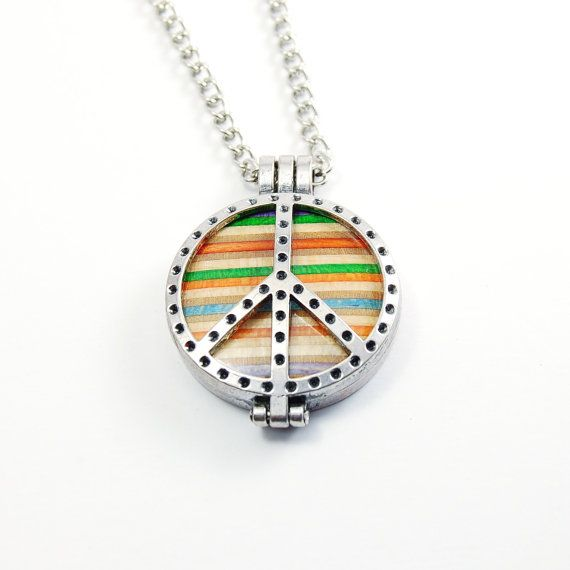 Recycled Skateboard Round Peace Necklace Silver plated 32mm with chain