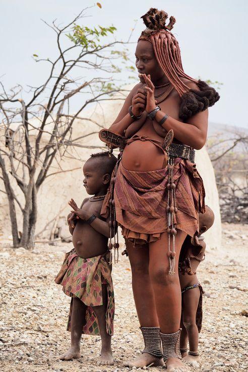 Himbas. Namibie.