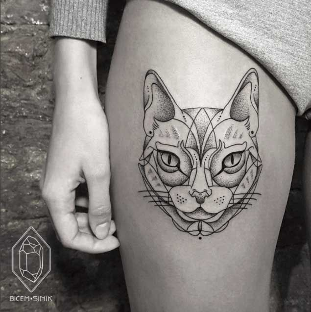35 Unbelievable Cat Tattoos That Are Guaranteed To Leave You Thoroughly Impressed