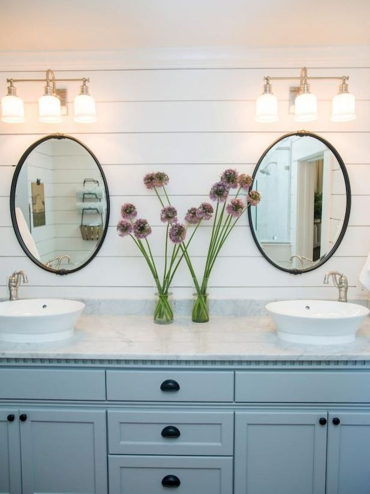 Nice 125 Awesome Farmhouse Bathroom Vanity Remodel Ideas https://roomadness.com/2018/02/18/125-awesome-farmhouse-bathroom-vanity-remodel-ideas/