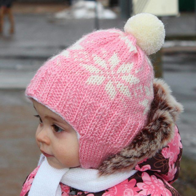 141 отметок «Нравится», 4 комментариев — @aljushinka в Instagram: «Все-таки вязать для малышей - это особое удовольствие 😊 чудо-Стася в розовой шапке 😍 #шапка #hat…»