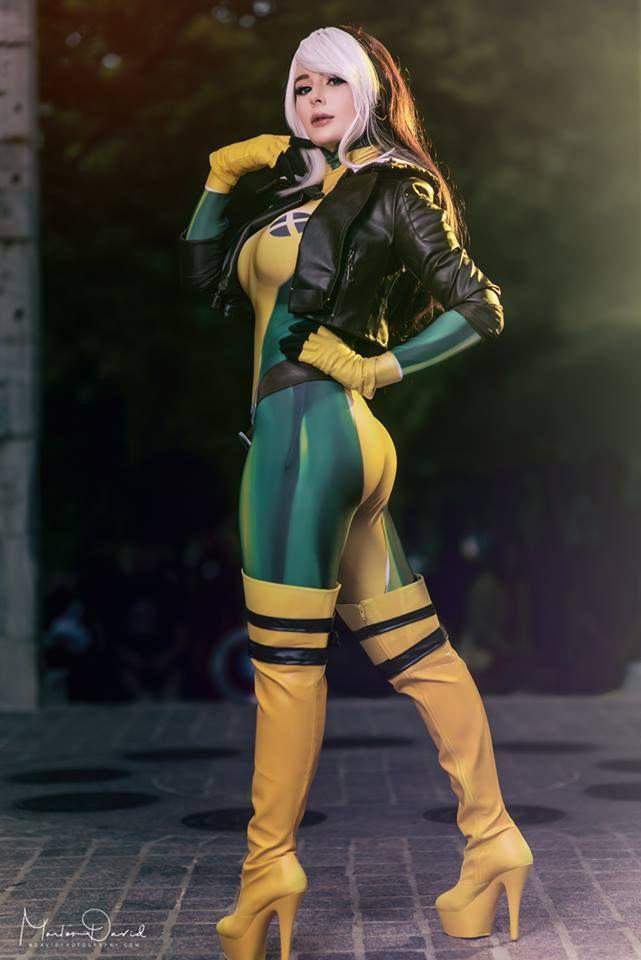 Jenna Lynn Meowri Rogue Cosplay X Men Rogue Cosplay