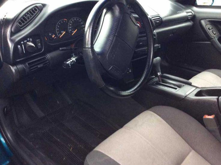 4th gen 1995 Chevrolet Camaro V6 automatic For Sale in Battle Creek, Michigan, US.