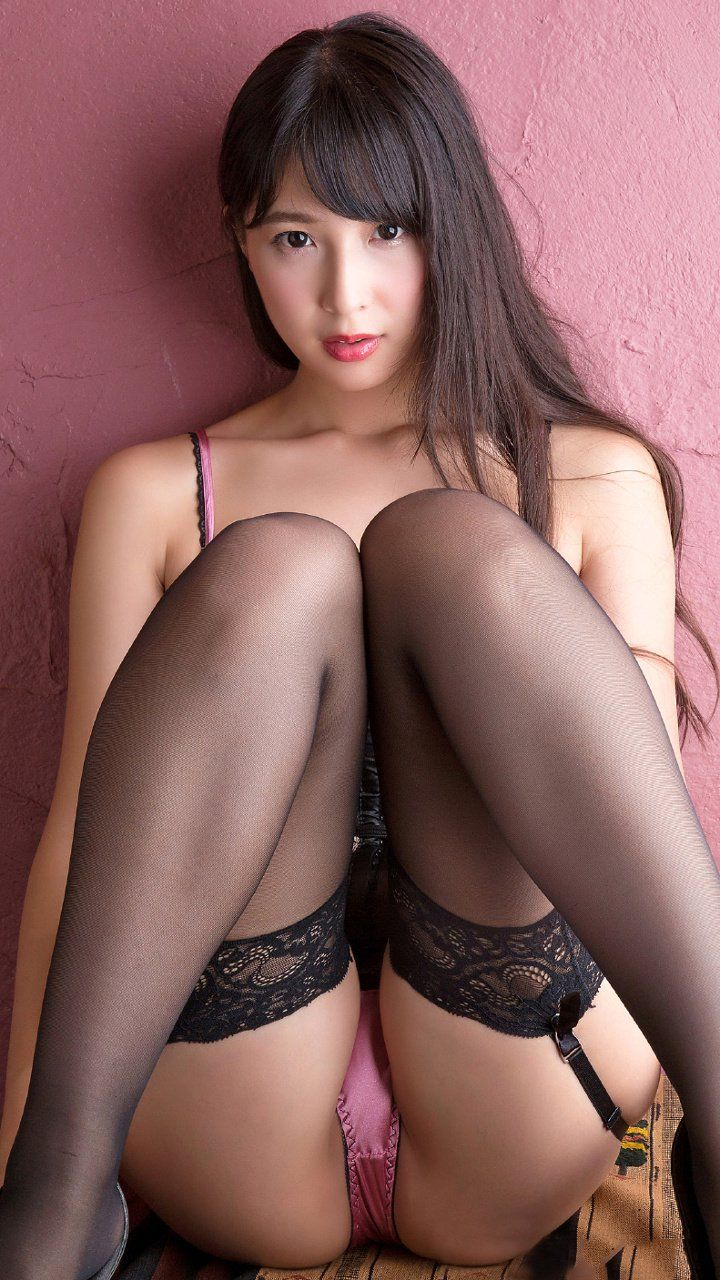 2 japanese bikini babes watch and help hj 3