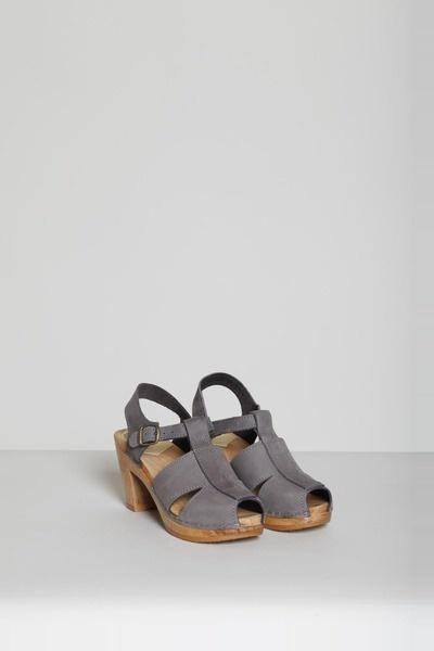 no.6 t strap heel
