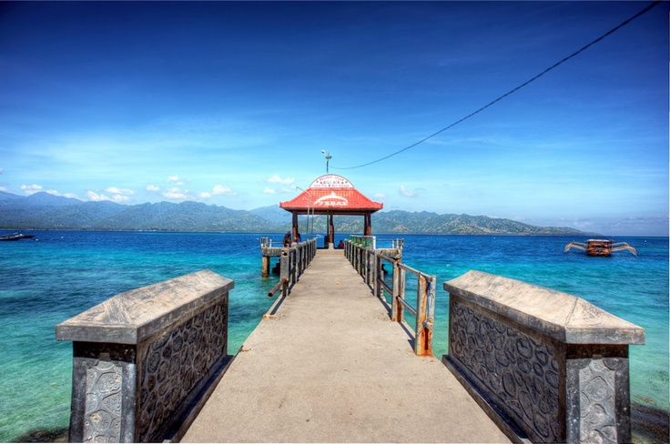 The whole jetty on Gili Air, by 7SEAS