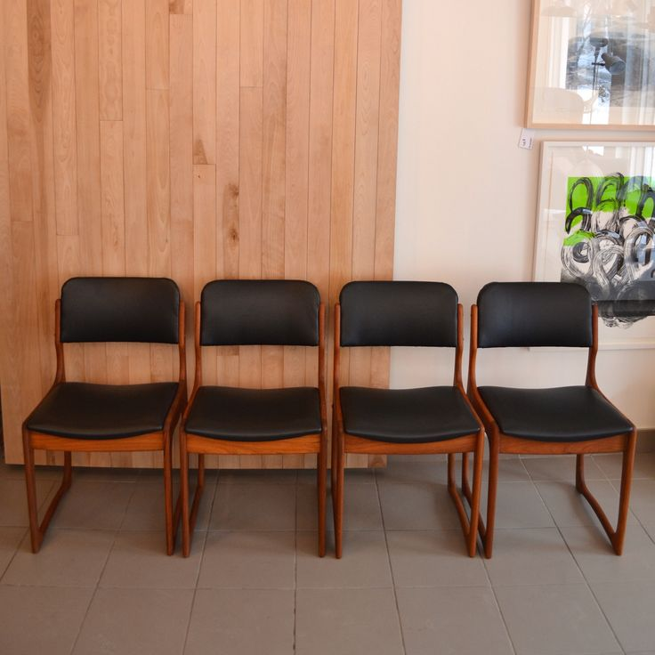 Mid-Century Modern - 4 chaises en teck