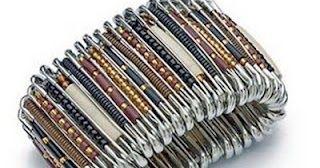 We love style: How to: armband maken van veiligheidsspelden!