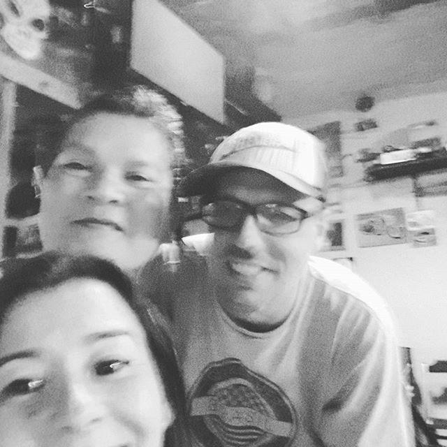 Sábado a noite 😞 #saturday #boteco #puromalte #salinas #amigos #sabado #carnelouca #rockandroll #vilaassuncao #santoandre #montereylocals #salinaslocals- posted by Rita Padovani https://www.instagram.com/ritapadovani - See more of Salinas, CA at http://salinaslocals.com