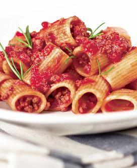 Penne cu sos şi carne tocată | Retete culinare - Romanesti si din Bucataria internationala