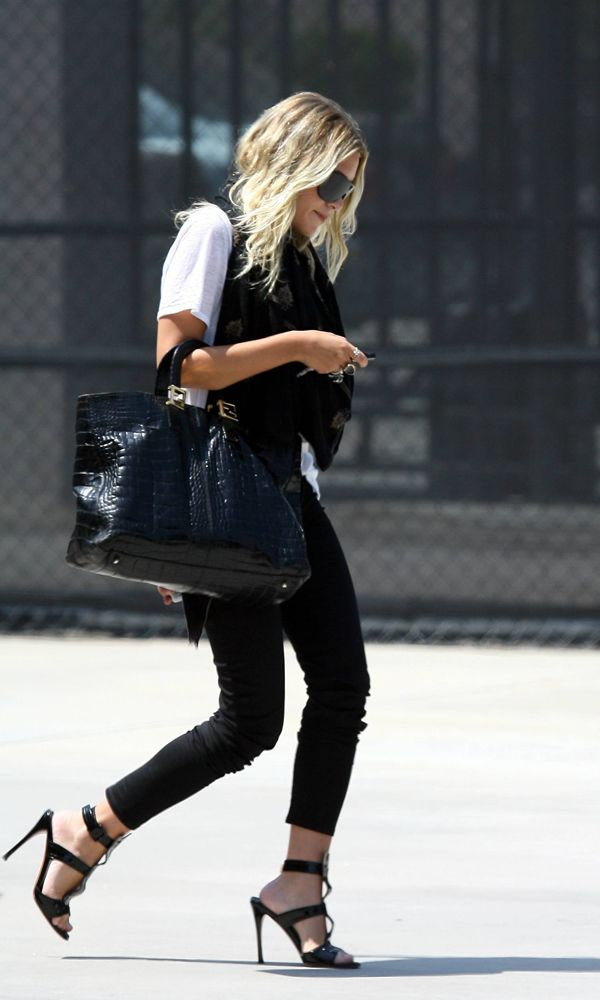 Olsens Anonymous Blog Ashley Olsen Edgy Chic In Beverly Hills Fendi Bag Sandals 1 Wavy Hair Long Bob Soft Beachy Waves Aviator Sunglasses Plain White Tee Print Scarf Croc Embossed Patent Leather Fendi Tote Bag Silver Rings Black Skinny Cropped Pants Strappy Black Patent Heeled T Strap Sandals Candid Beverly Hills Shopping Blonde photo Olsens-Anonymous-Blog-Ashley-Olsen-Edgy-Chic-In-Beverly-Hills-Fendi-Bag-Sandals-1.jpg