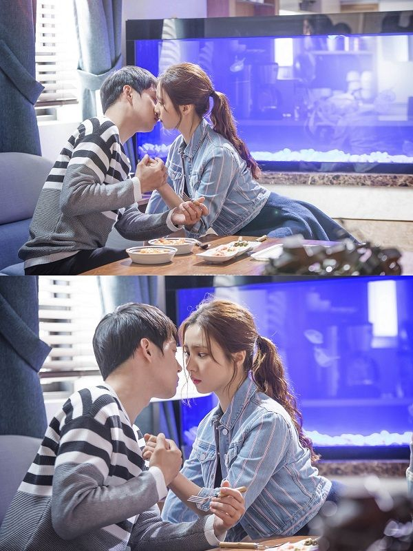 'The Girl Who Sees Smells' BTS photos from Park Yoo-chun and Sin Se-kyeong's kissing scene @ HanCinema :: The Korean Movie and Drama Database