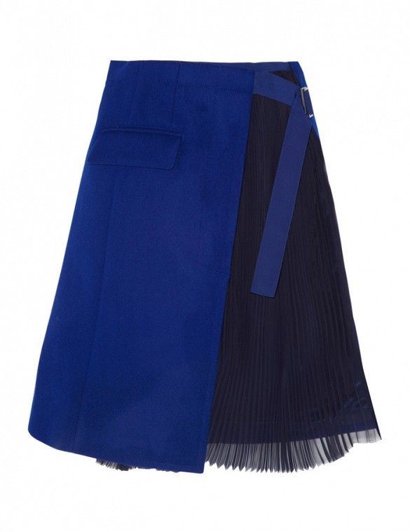 Colorblocki with avy and blue tones for an effortless day-to-night look. // Sacai Wool-Felt and Pleated Chiffon Wrap Skirt