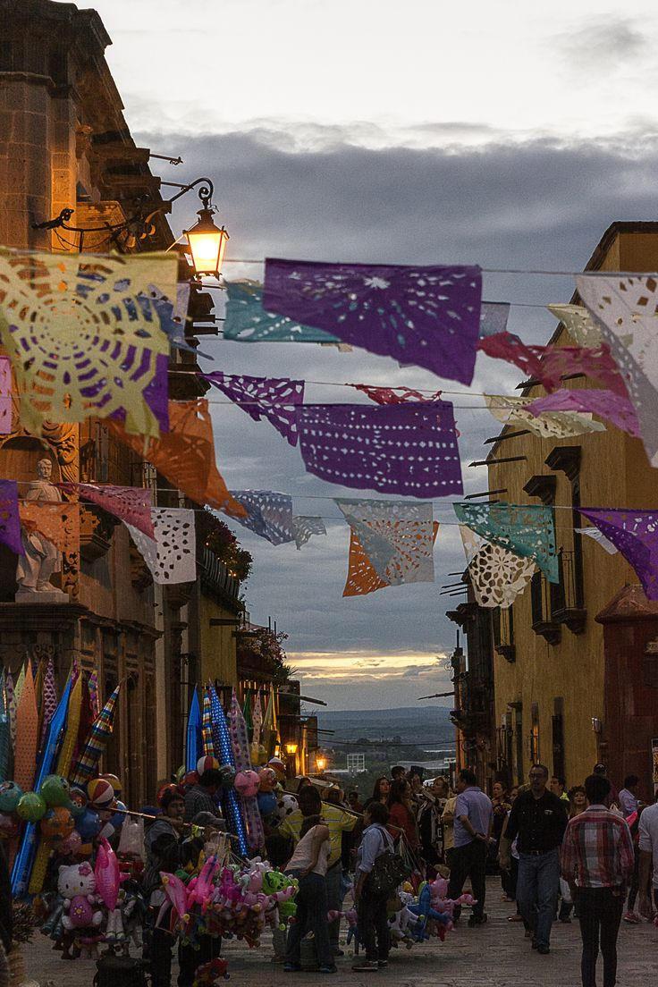 Dia de los Muertos (Day of the Dead), San Miguel de Allende