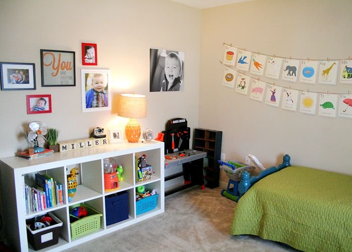 Love this bookshelf for my kids room. I would add a tv to sit on top.