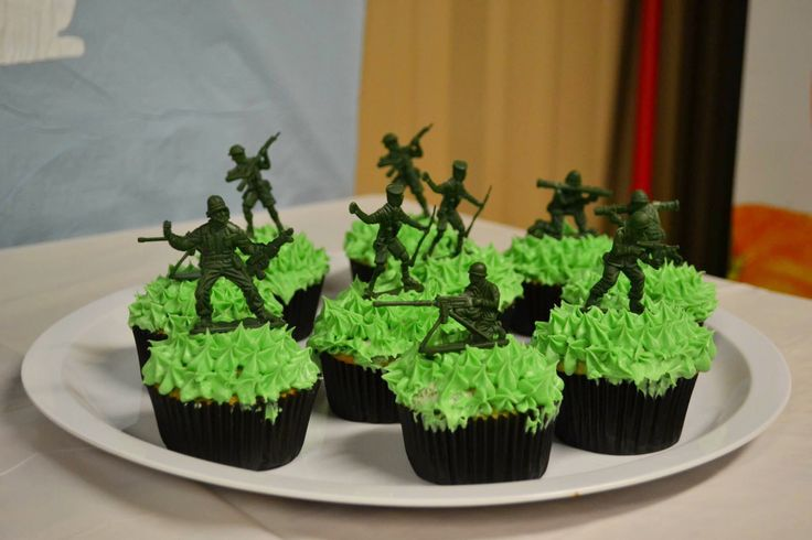 Toy Story Birthday Party cupcakes
