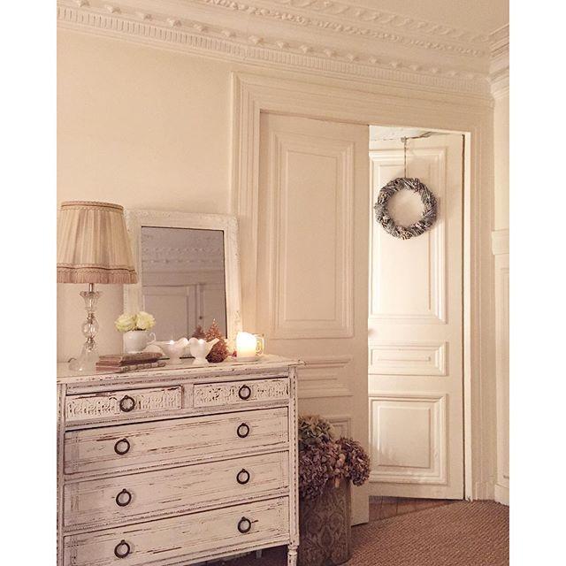 Pi di 25 fantastiche idee su parigi appartamento interni for Case in stile prateria contemporaneo