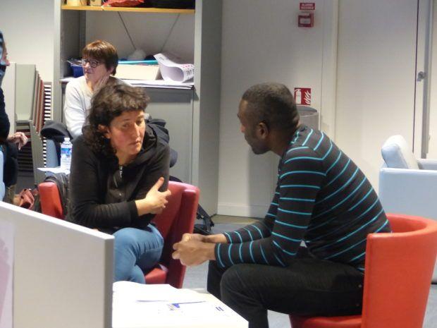 Une bibliothèque vivante aux Champs Libres  : Migrant'Scène met en scène la migration - https://www.unidivers.fr/bibliotheque-vivante-champs-libres-migrant-scene-rennes/ - Rennes