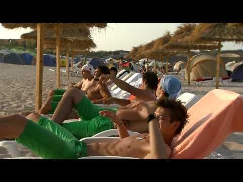 "Sneak Peek: LaLa Band - In the Summertime (cover) - in ""Pariu cu viata"" sezonul 3 - YouTube"