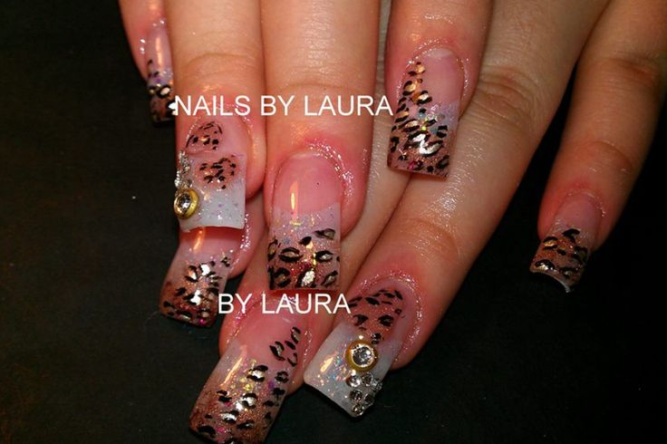 Acrylic nails by Laura