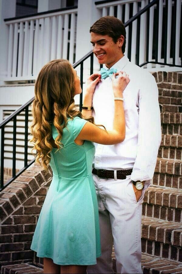 Prom picture ideaBest 25  Homecoming poses ideas on Pinterest   Prom pictures  Prom  . Fun Day Date Ideas For Prom. Home Design Ideas