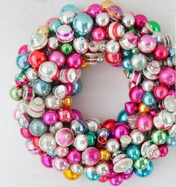 Martha Stewart bauble wreath http://www.marthastewart.com/1043681/ornament-wreath