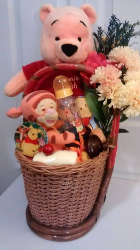 LG Winnie The Pooh Tiny Tigger Unisex Child Bathe Present Basket. >> Learn even more at the image