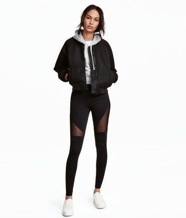 Black. Leggings in thick jersey with an elasticized waistband.