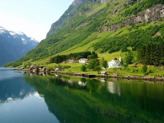 Nærøyfjord, near Flåm, Norway